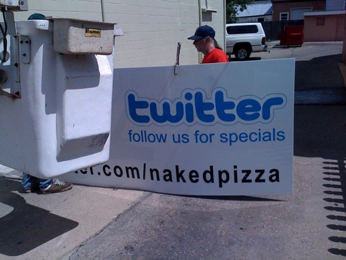 twitter pizza