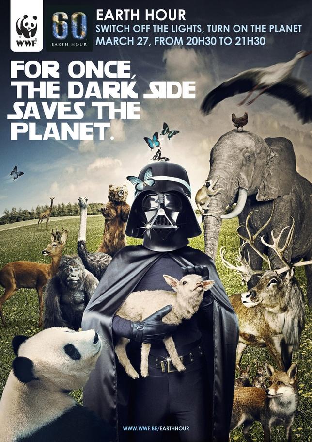 """earth hour 2010 2 Cette pub a pour objectif de communiquer sur l'heure """"Eteignez vos  lumières pour la planète"""" qui aura lieu le 27 mars prochain… et quel  meilleur ambassadeur pour promouvoir le côté sombre que Dark Vador…"""